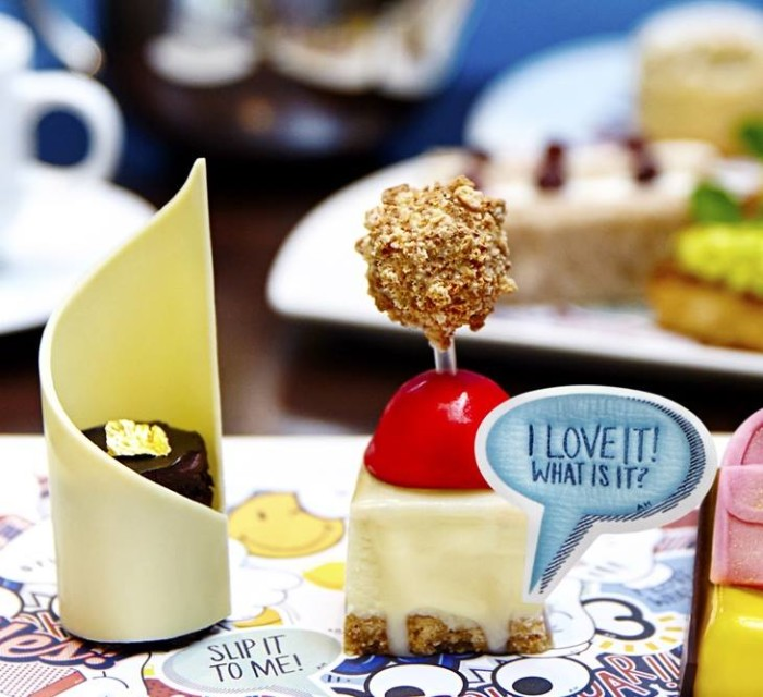 Anya-Hindmarch-Afternoon-Tea-Mayfair-London-FW-2015