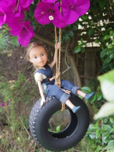 tree-change-dolls-swing