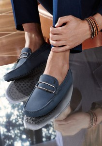 Tod's-Gommino-Club-vertical