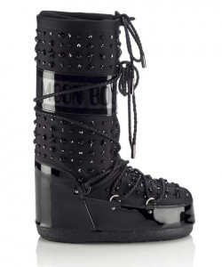 jimmy-choo-moonboots-embed-3
